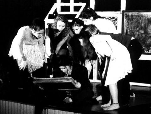 Bild vom Theaterstück: Ein Loch in der Wand