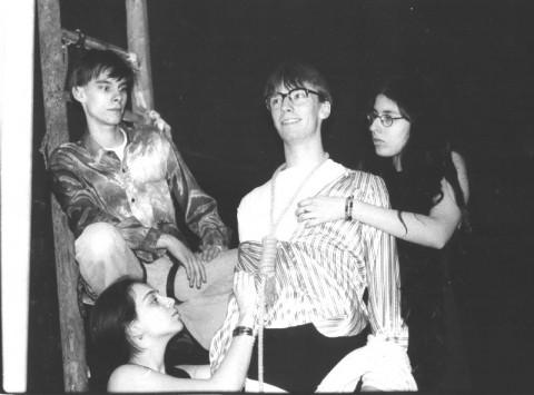 Bild zum Theaterstück: Puderzucker, Asche, Staub